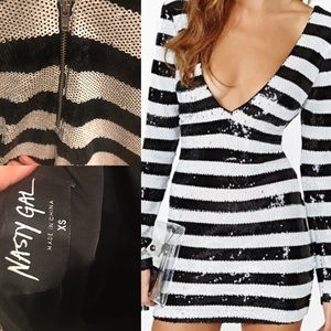 ❌❌❌V neck/back Nasty Gal sequin mini dress